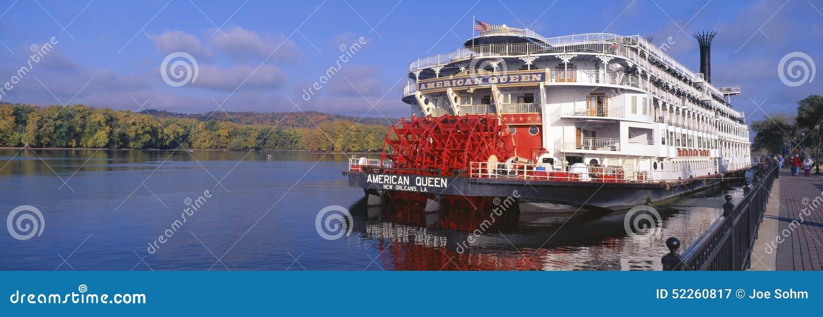 Bateau am ricain de roue aubes de reine sur le fleuve - Bateau sur roues ...