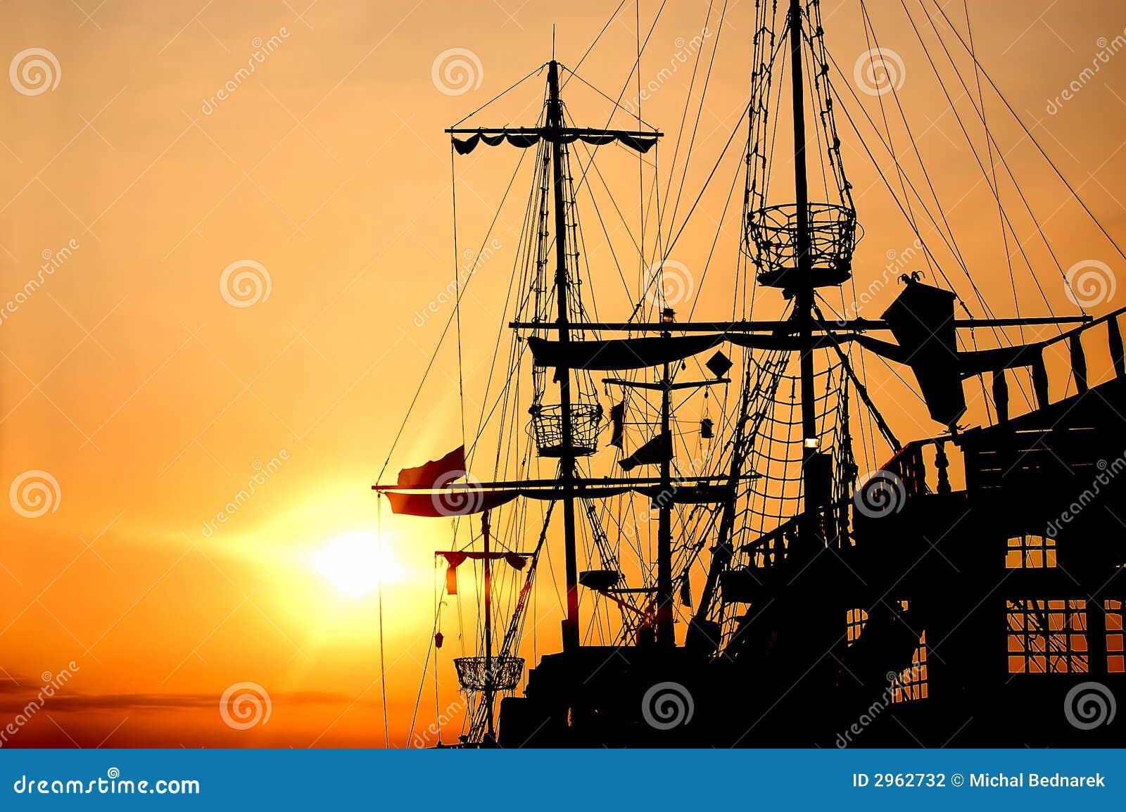 Bateau de pirate photo stock image du couleur paix - Photo de bateau pirate ...