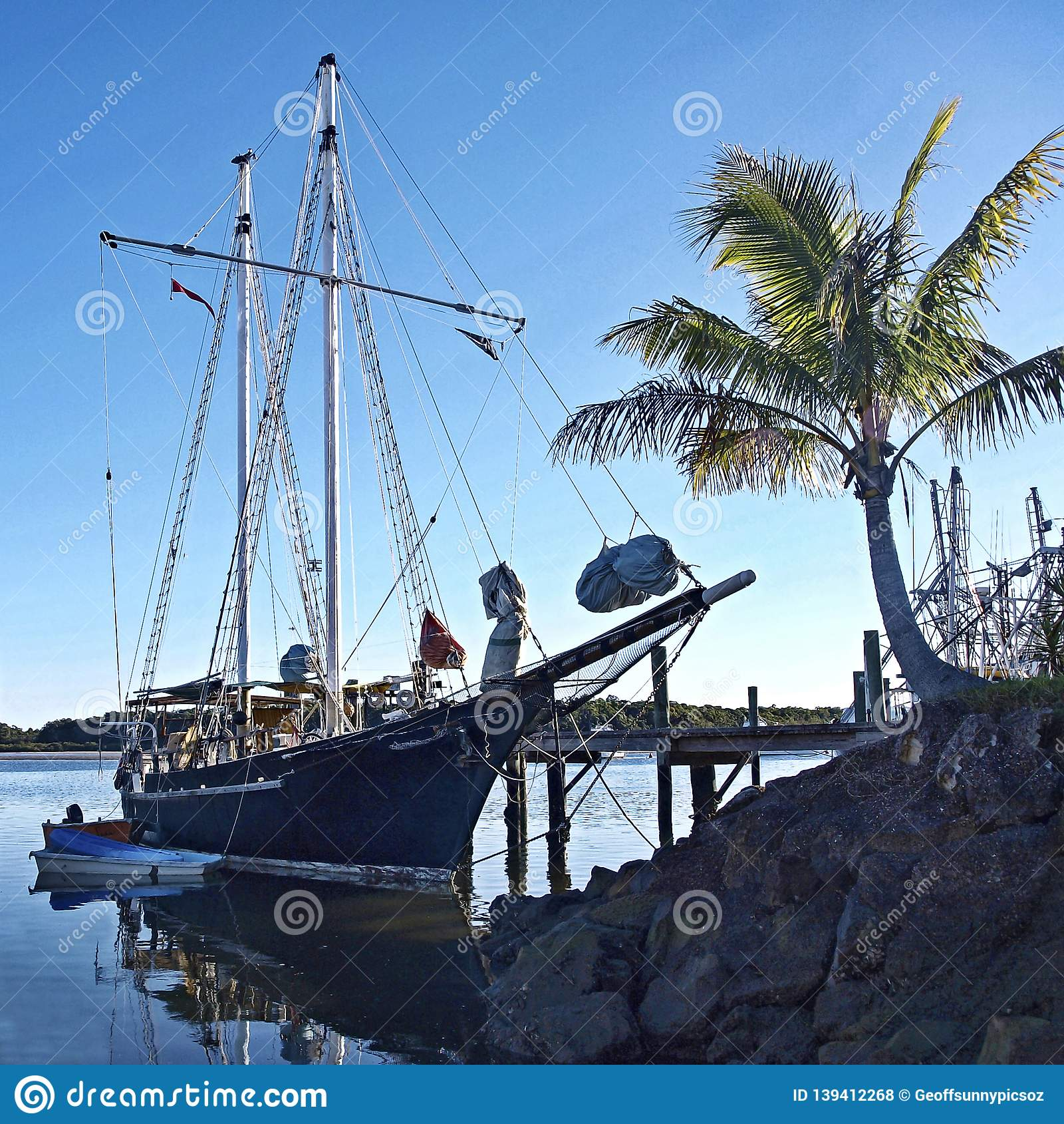 Bateau grand de cru, marinescape tropical