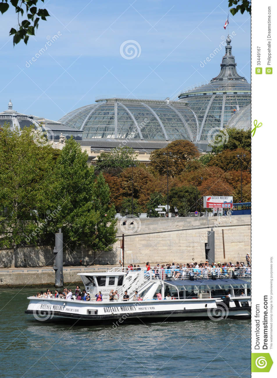 bateau mouche on the seine river in paris editorial photography image 33449167. Black Bedroom Furniture Sets. Home Design Ideas