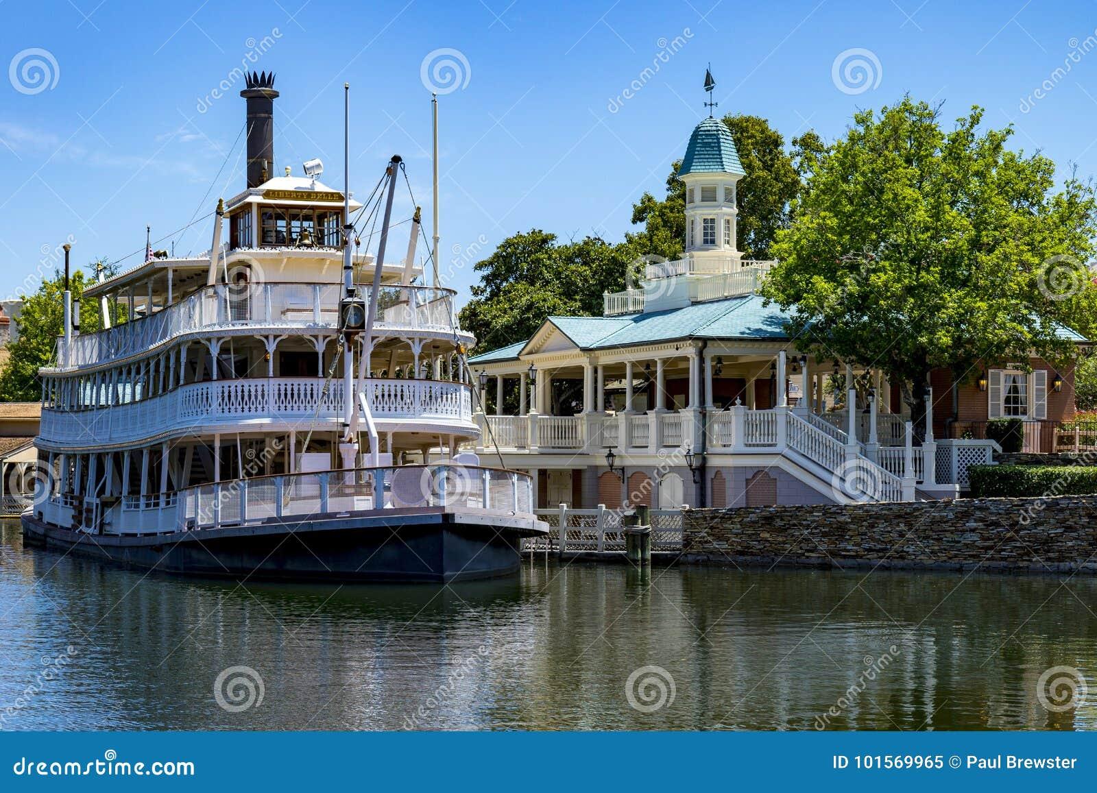 Bateau Orlando la Floride de vapeur de palette du Mississippi du monde de Disney