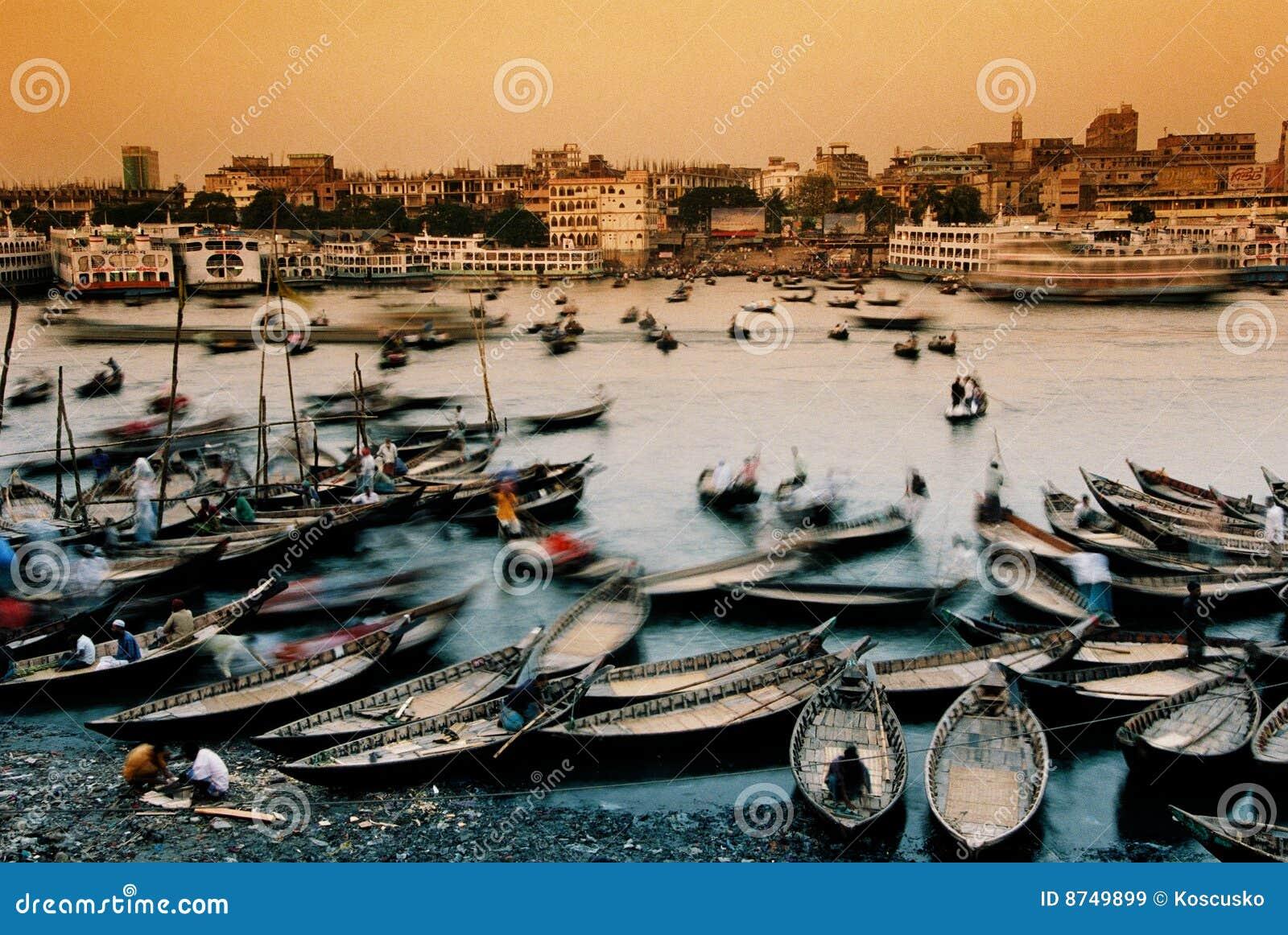 Bateaux Dacca du Bangladesh