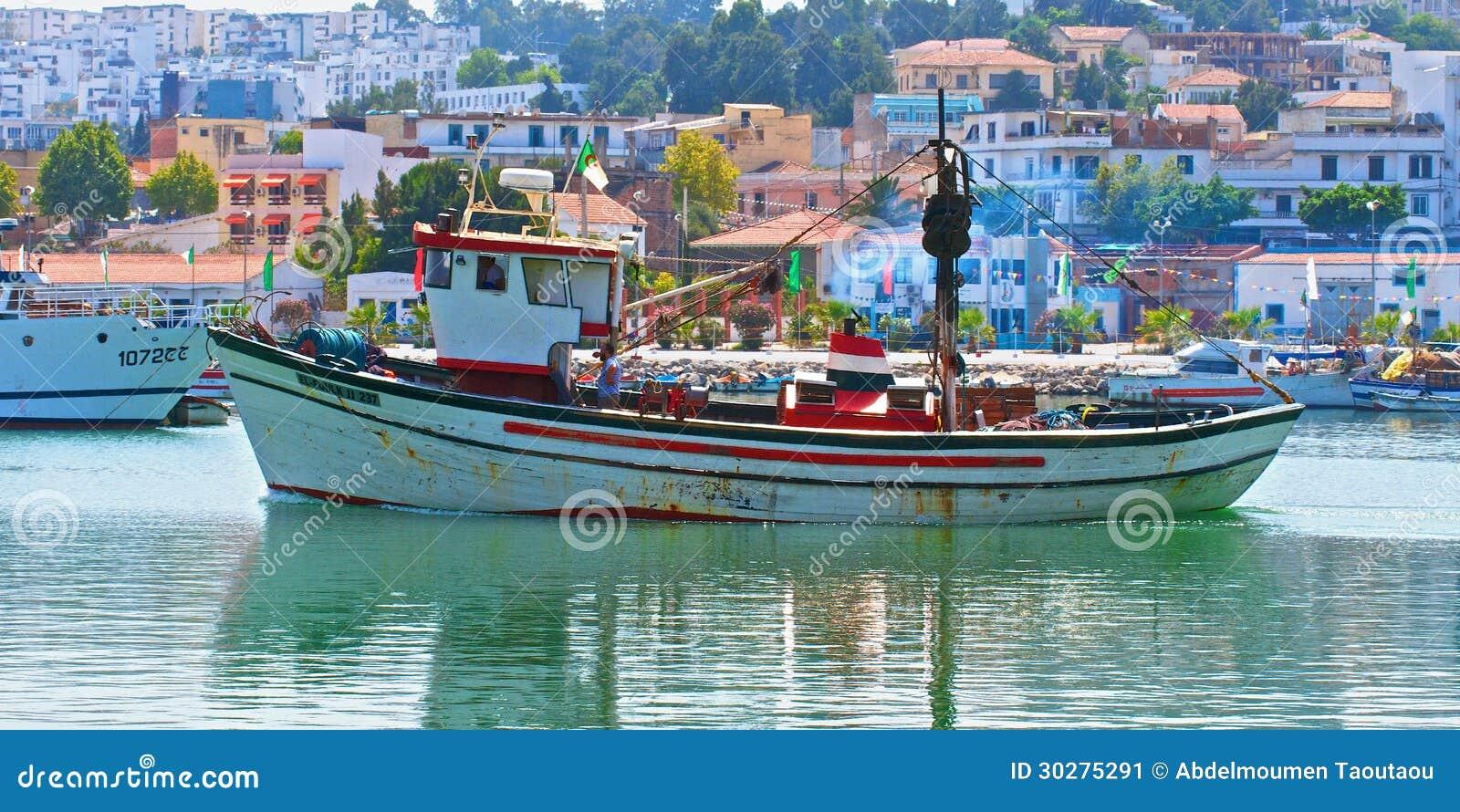 bateau de peche en algerie