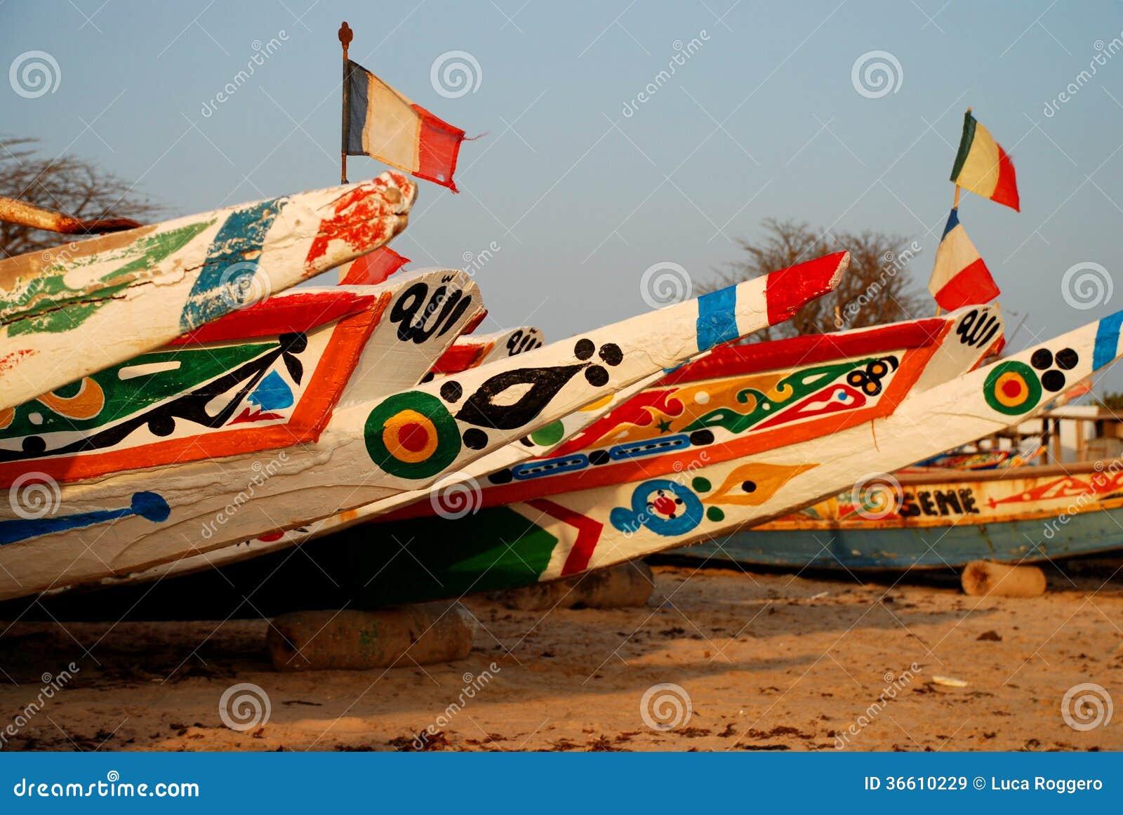 Bateaux de pêche. Saly, Sénégal