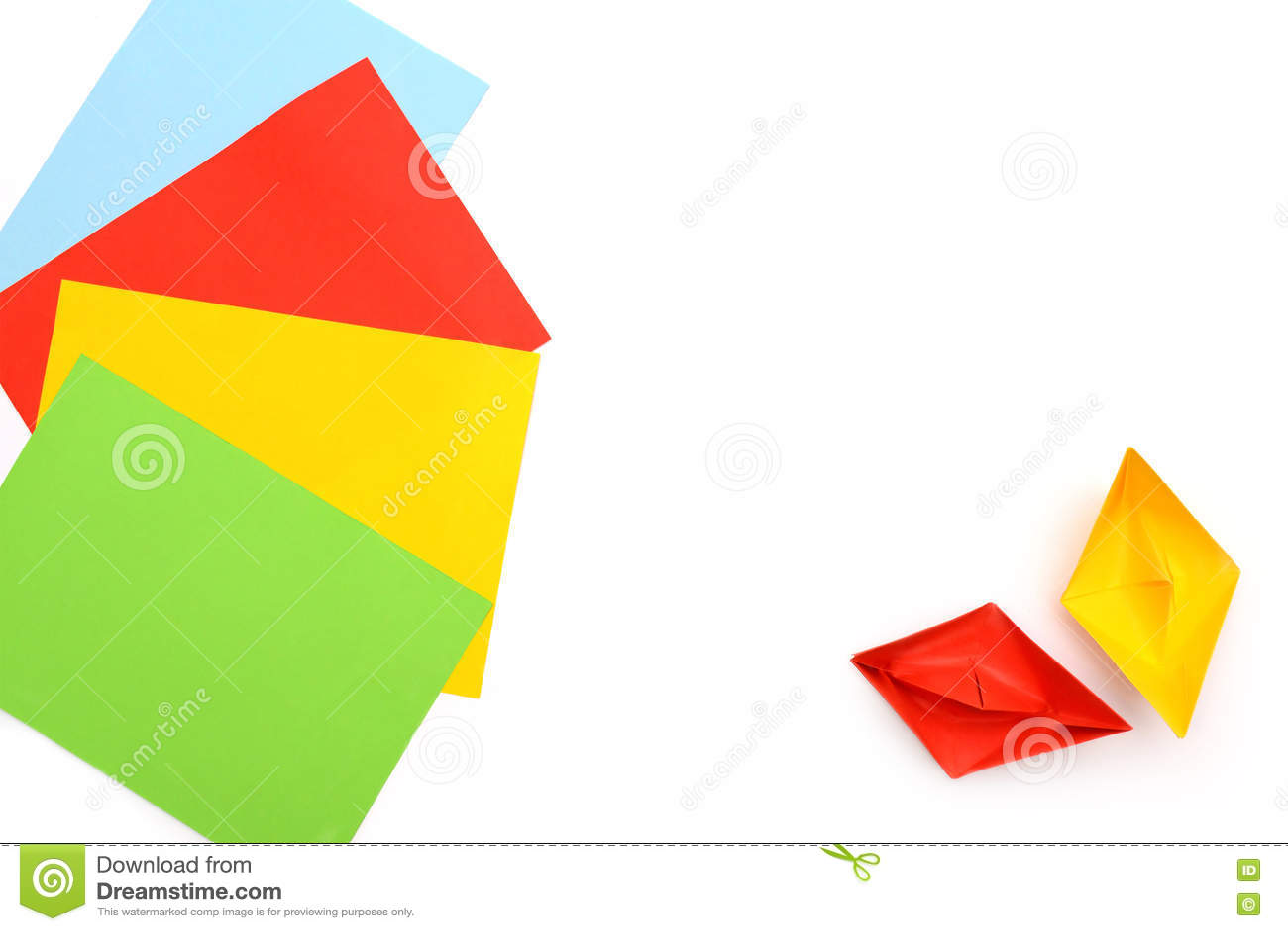 Bateaux De Papier Jaunes Et Rouges Origami Feuilles De Papier