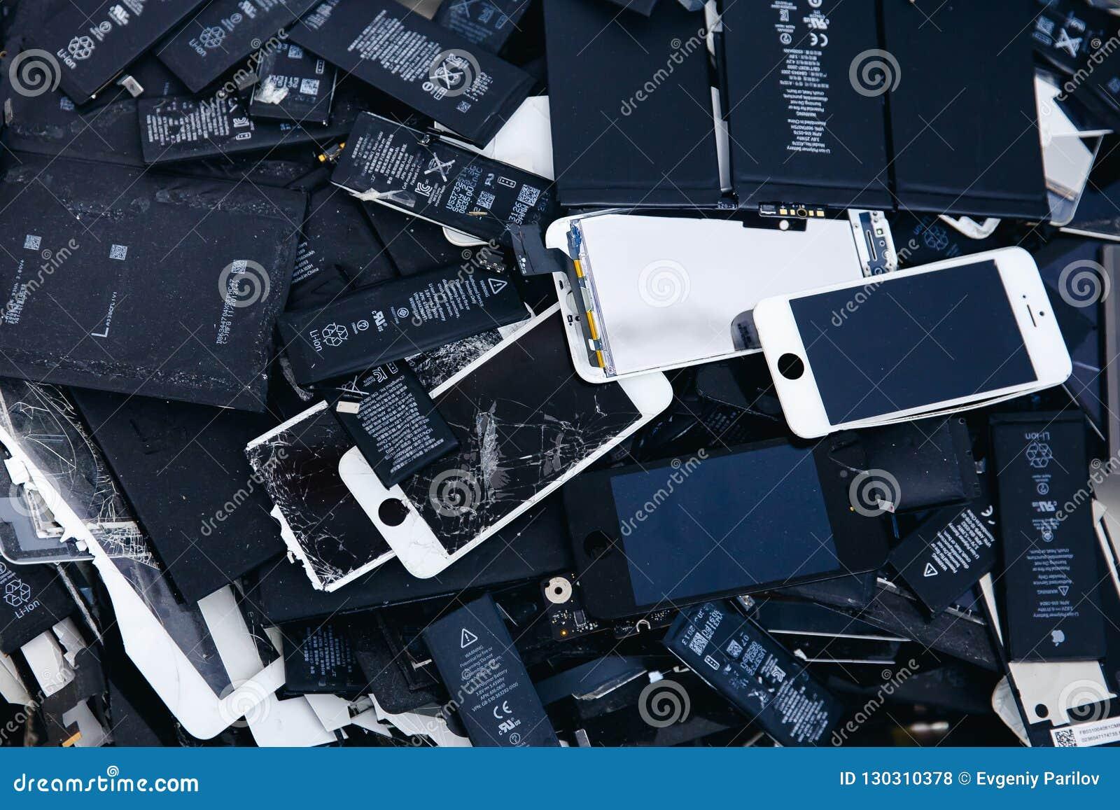Baterias do telefone celular, tabuletas, iPhone quebrado do LCD das telas