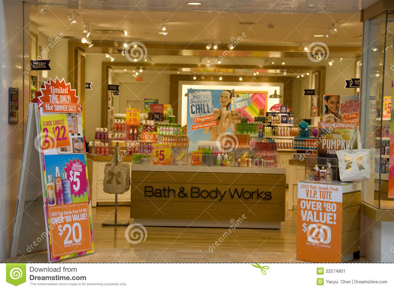 Bath And Body Works Store Editorial Photo Image 32574801bath and body works  shop CasadediousBath And Body Shop Toronto  Bath and Body Works store in the Mall  . Bath And Body Shop Toronto. Home Design Ideas