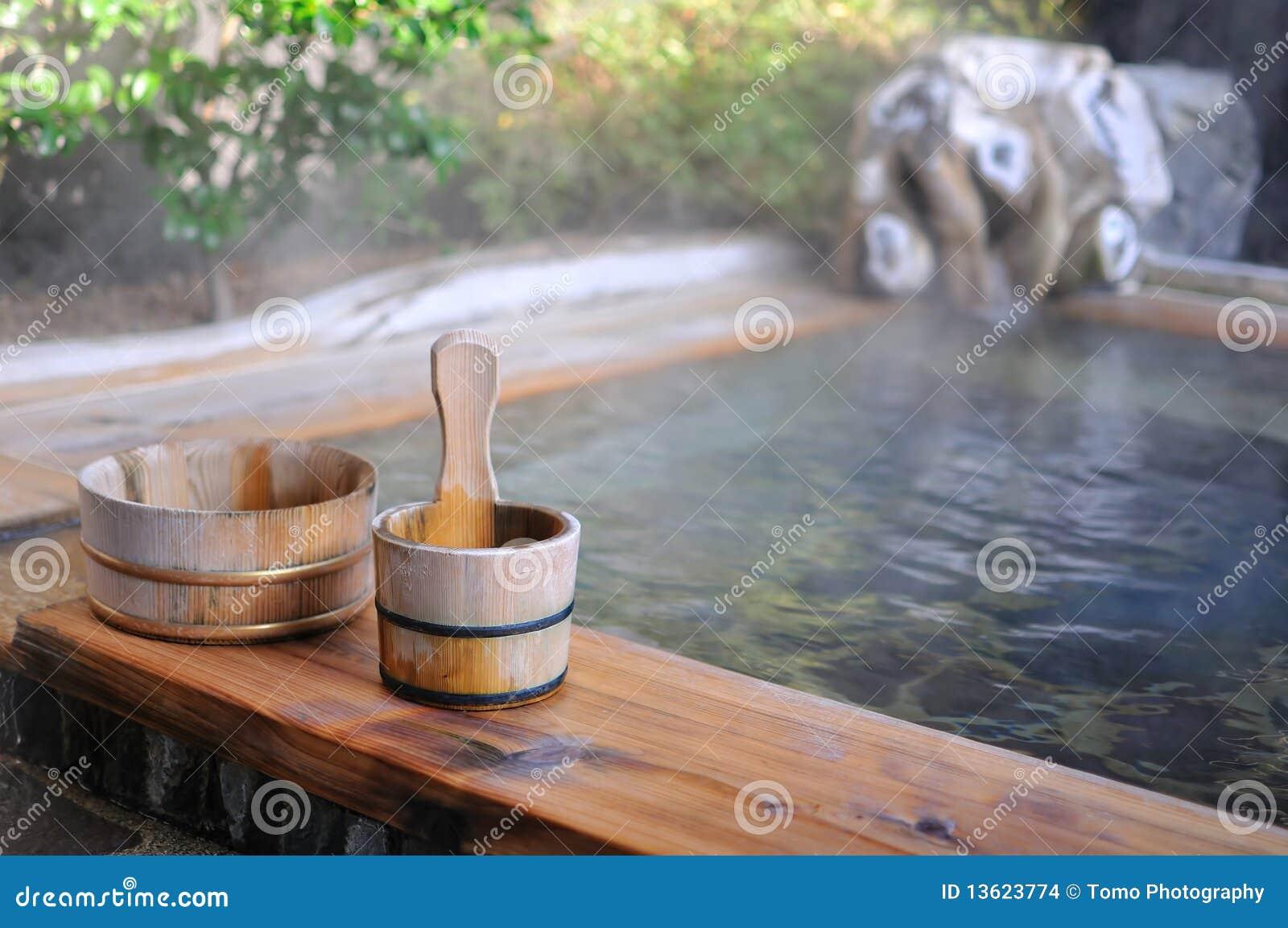 Bath d air ouvert de Japonais