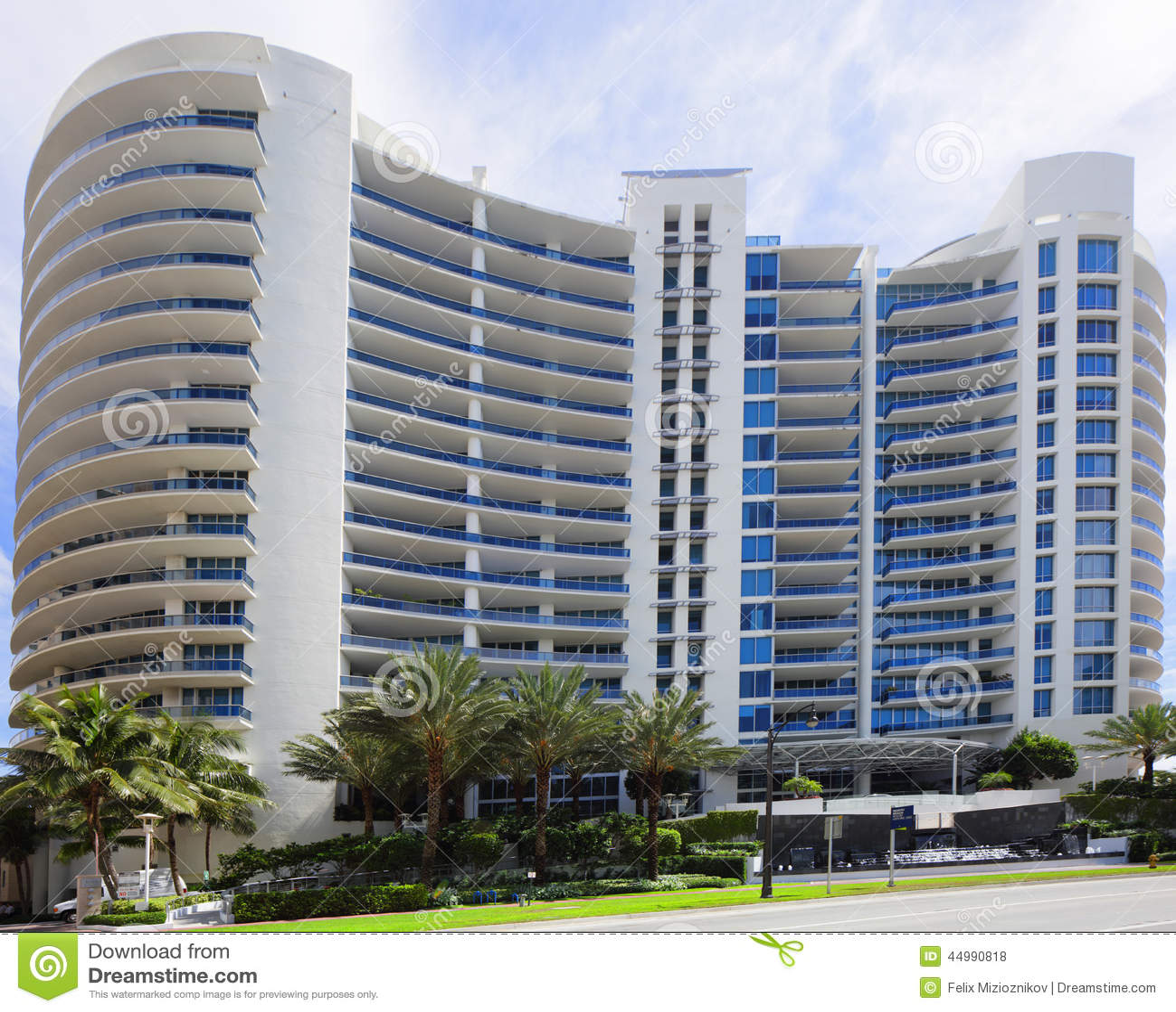 Condominium: Bath House Miami Beach Condominium Editorial Stock Photo