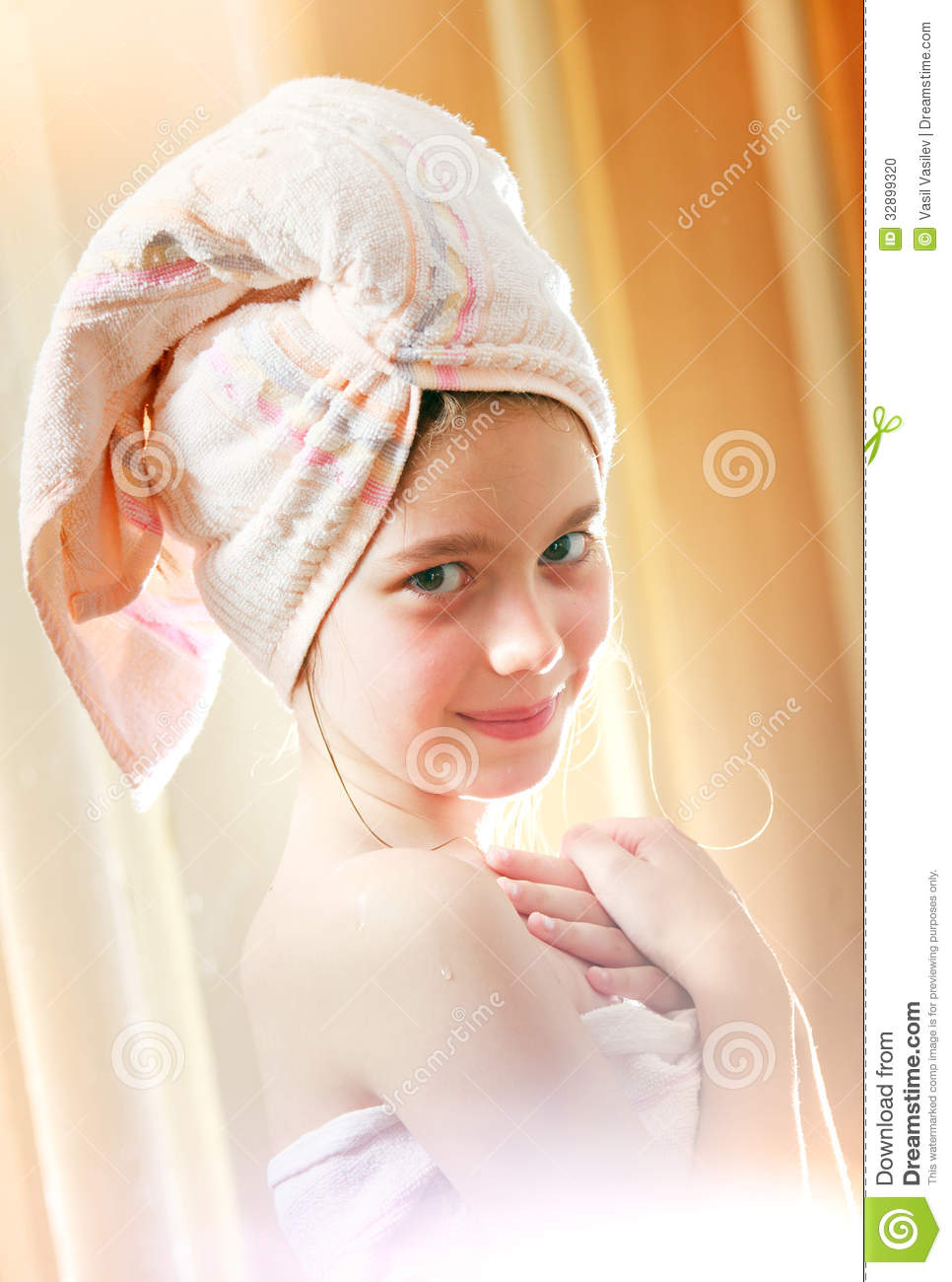 Young girls in towels hot girls wallpaper for Bathroom girls pic