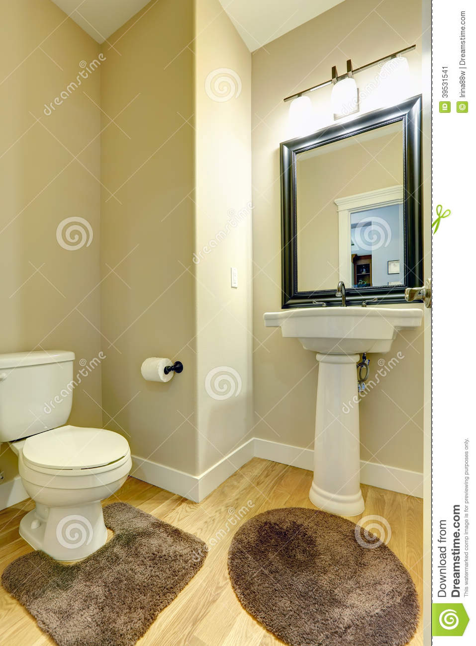 Bathroom Dimensions as well Stone Front House Designs likewise Small Studio Apartment Floor Plans in addition Msg0102134322597 likewise Walk In Shower Designs With Bench Seat. on small bathroom floor plans with corner shower