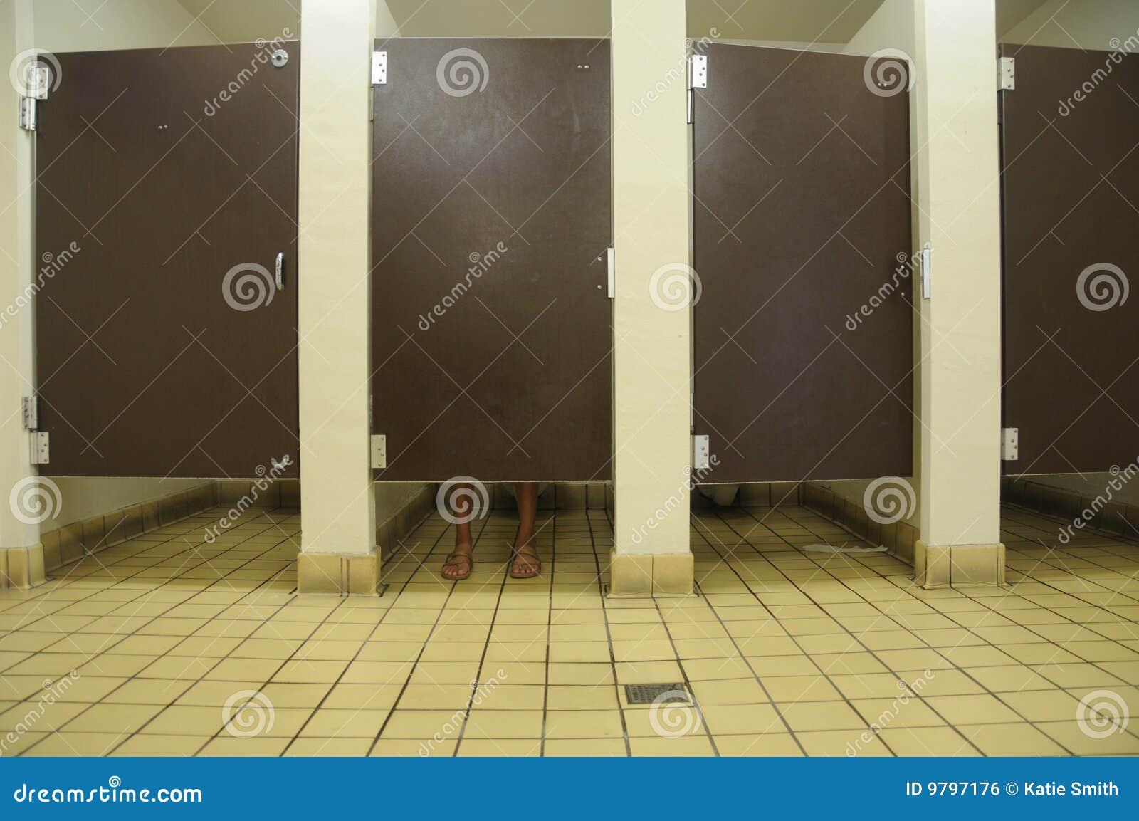 Bathroom Feet Royalty Free Stock Image - Image: 9797176