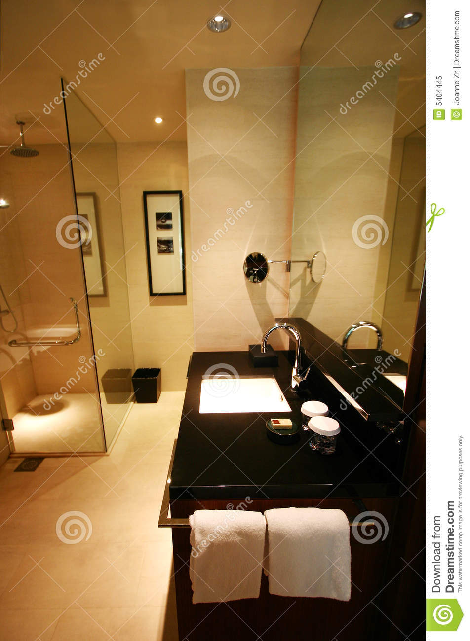 Black and white marble bathroom floor tiles - Bathroom Interior Of Brand New Luxury Resort Hotel Royalty
