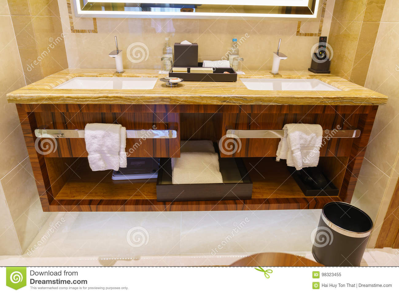 Charmant Download Bathroom Interior Of Brand New Luxury Resort Hotel Stock Image    Image Of Ceiling,