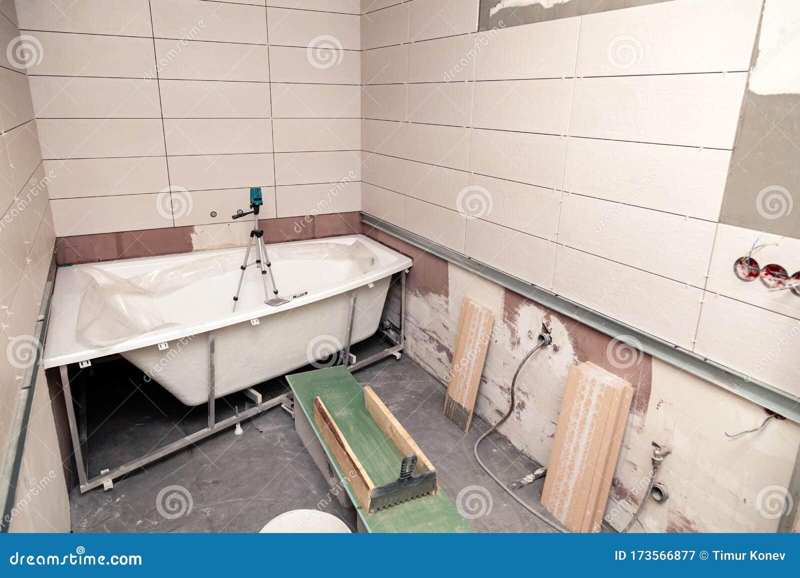 Bathroom Interior Repair Laying Tiles On Walls Stock Image Image Of Renovation Bath 173566877