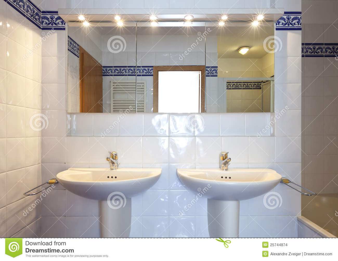 Bathroom sink and mirror - Bathroom Sink And Mirror Stock Images