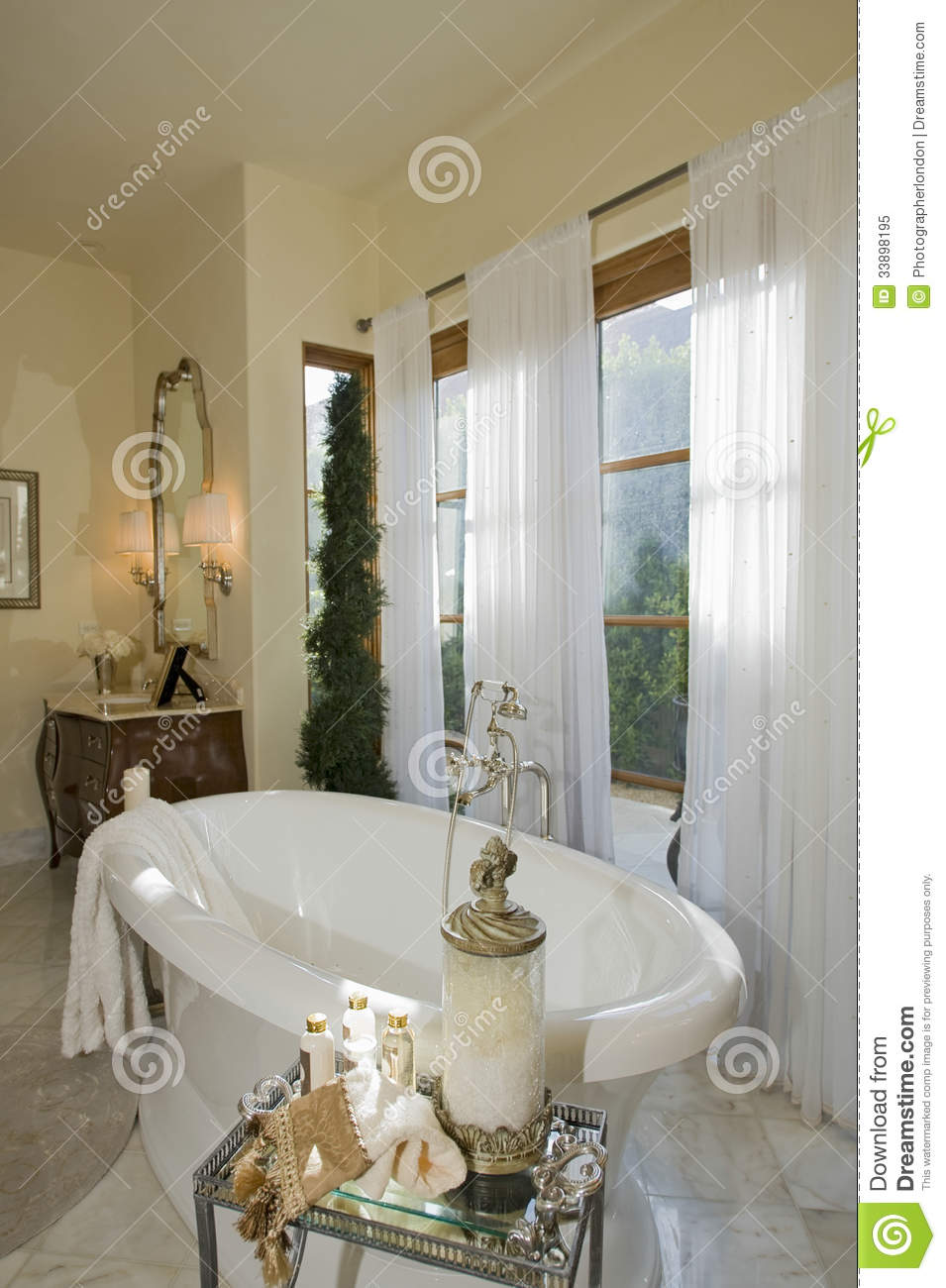 Bathroom With Toiletries Stock Image Image Of Clean