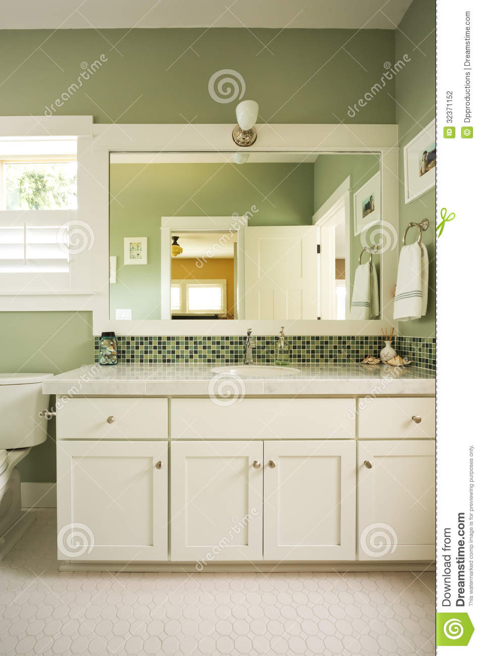 Bathroom Vanity And Mirror Stock Photography Image 32371152