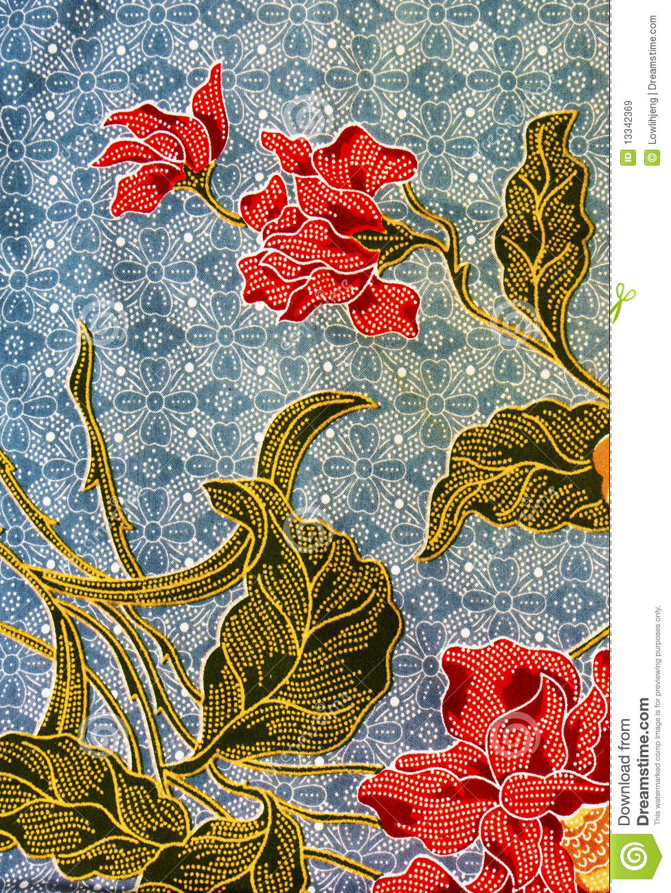batik and malaysia Indonesian batik is a very ancient tradition and no one in the world makes batik as beautifully, as finely crafted or as splendidly as indonesia doesonly a person who has no real knowledge or understanding of batik would even dream of comparing indonesian batik with malaysian batik.