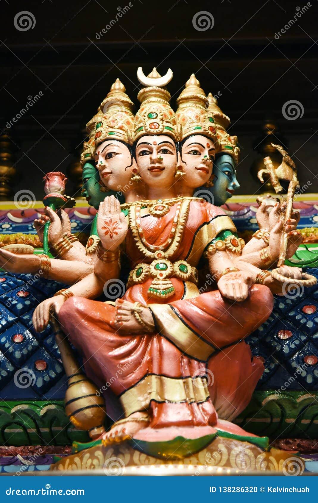 Batu jam hinduskie Kuala Lumpur Malaysia statuy