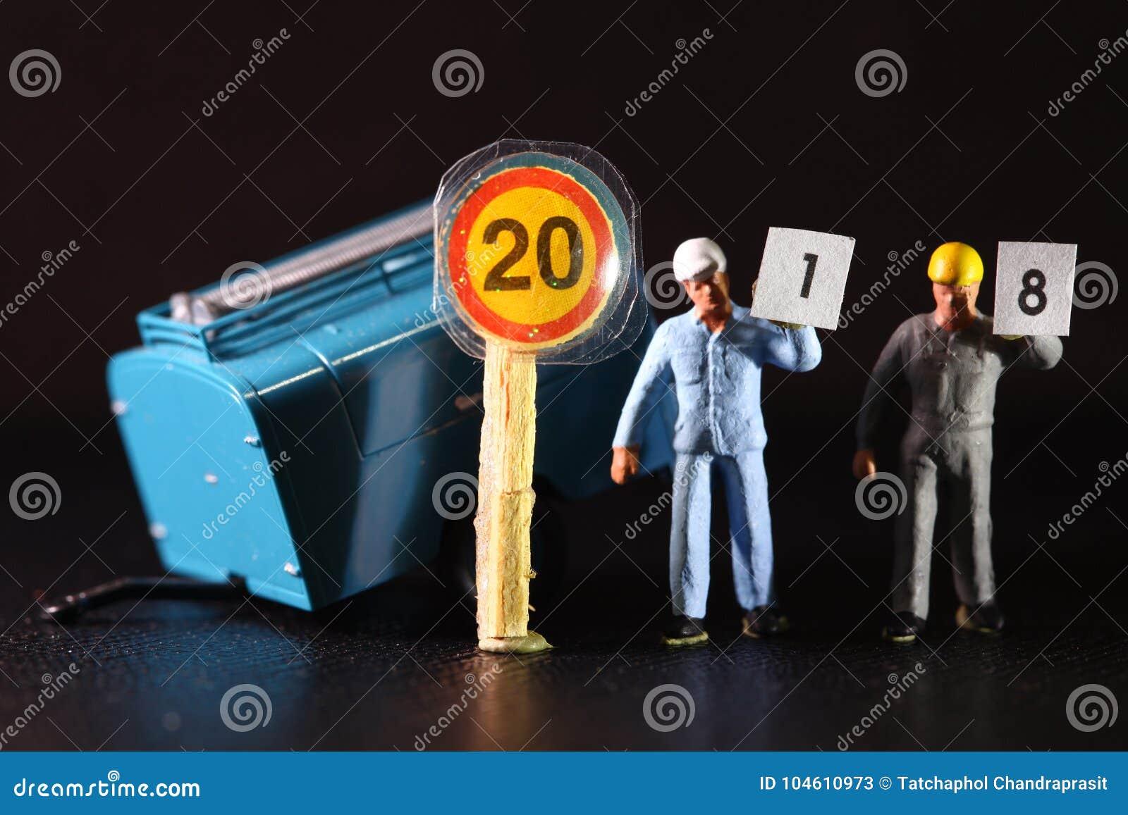 Bauarbeiterzahl Tragen Papier Stockbild Bild Von Hand Auszug