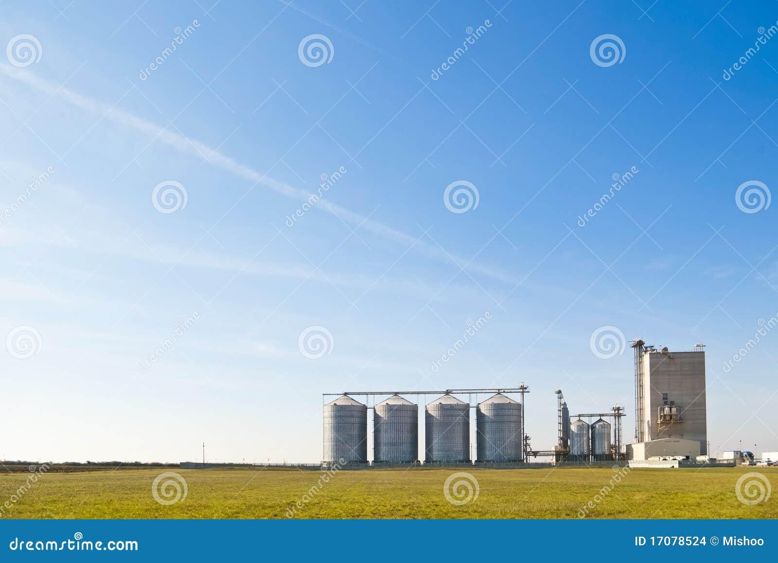 Bauernhofstahlsilos