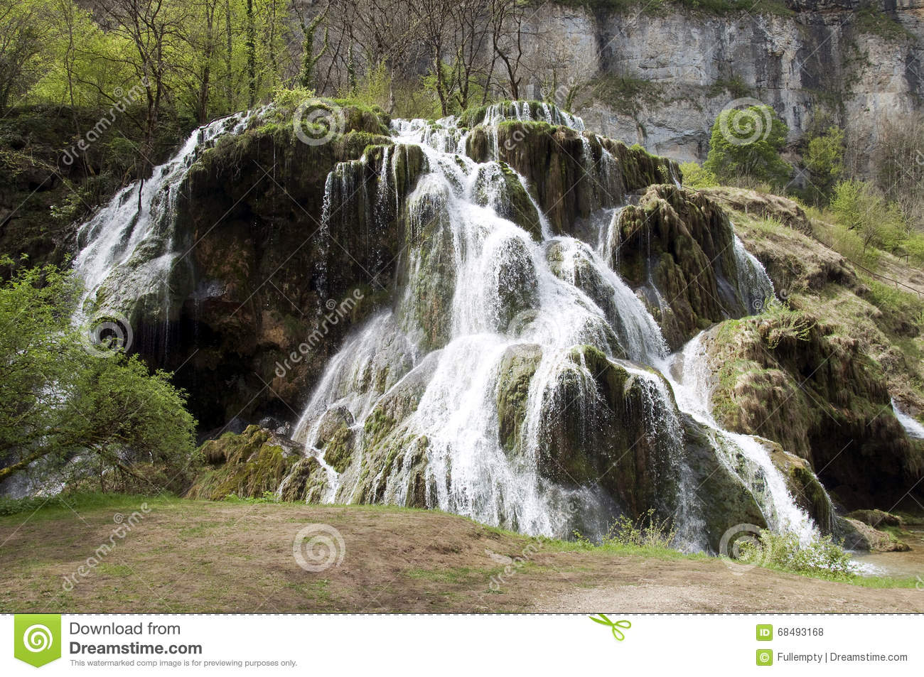 Baumes Les Messieurs waterfall in Jura, France