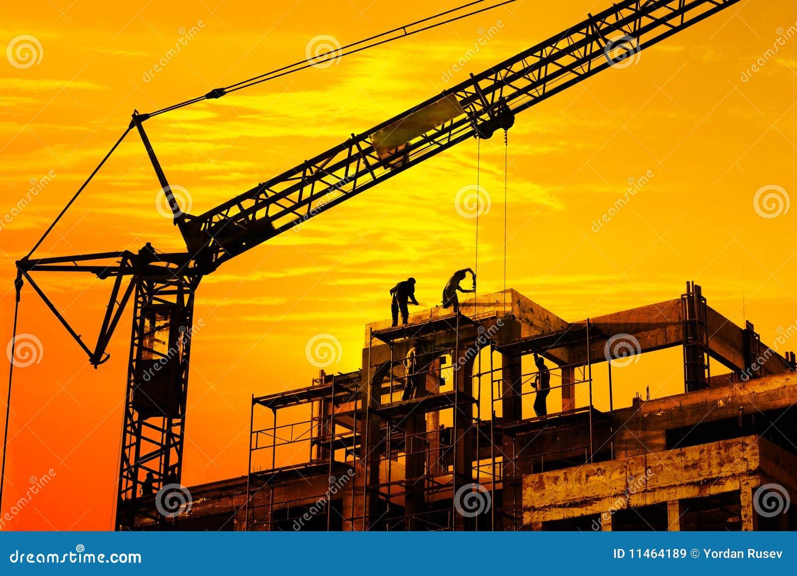 Baustelle auf Sonnenuntergang