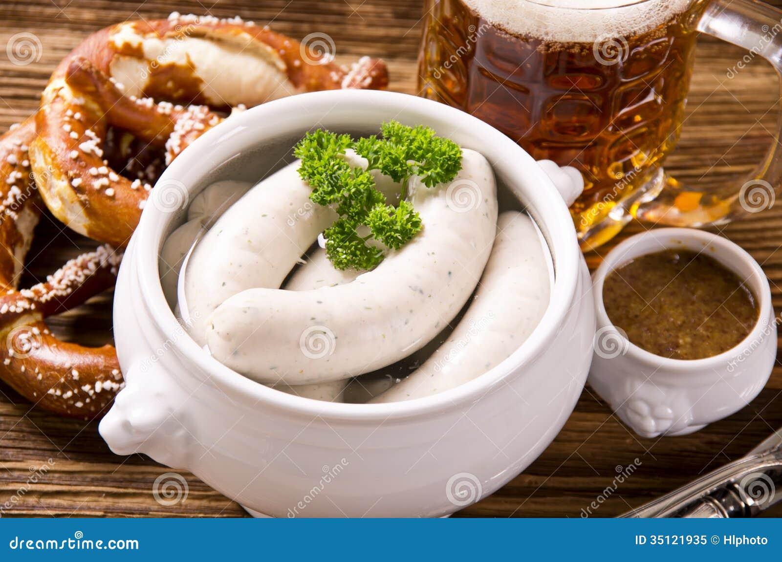 Bawarski śniadanie z Białą kiełbasą