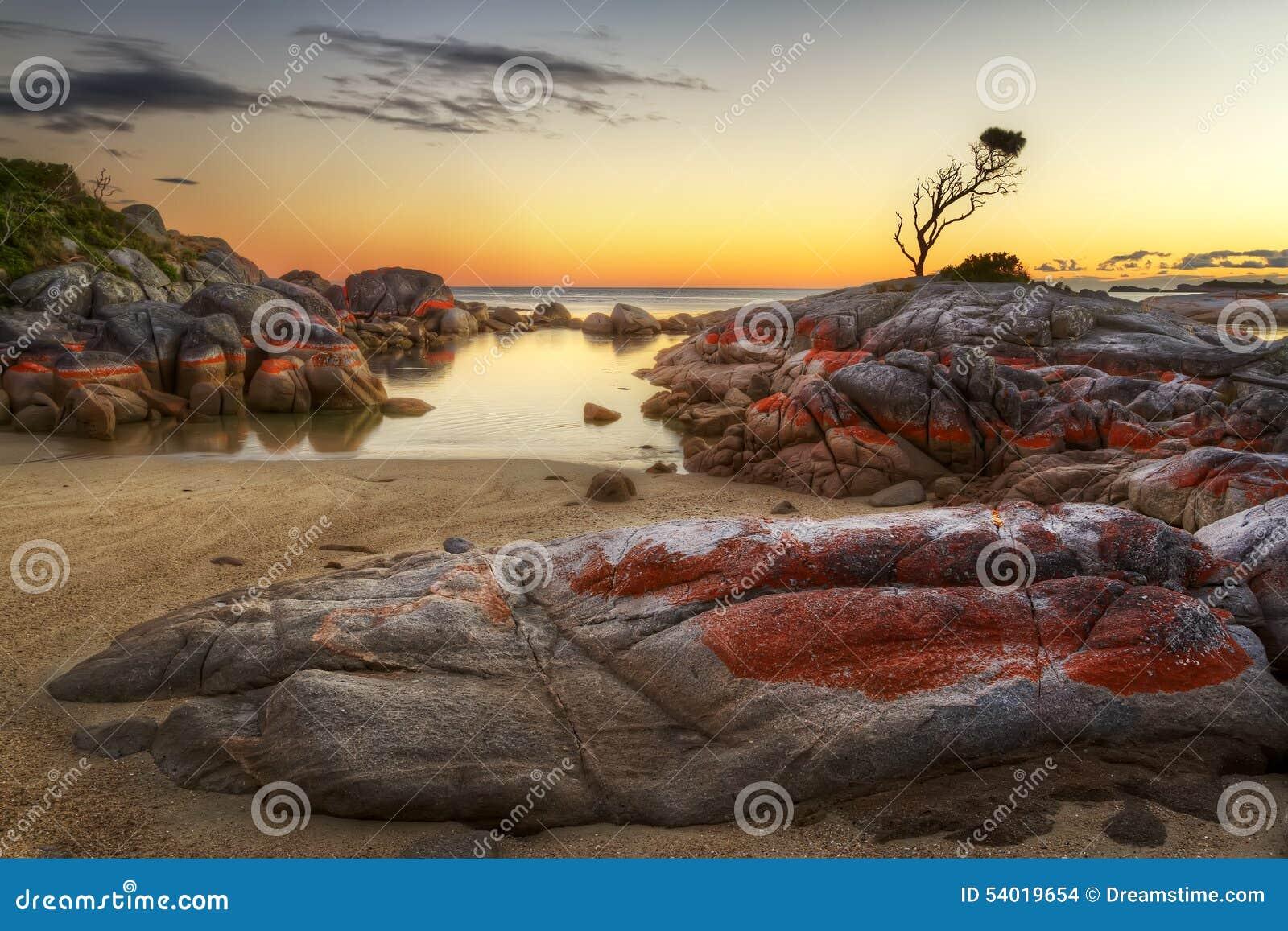 Bay Of Fires secret cove tasmania