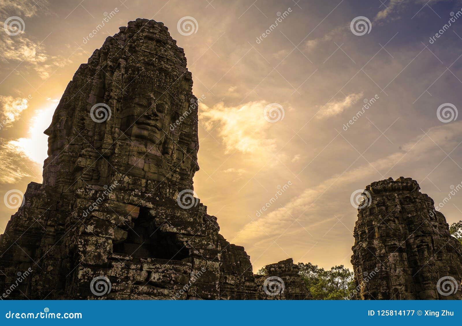 Bayon, de tempel van Angkor Wat Siem oogst, de glimlach van angkor