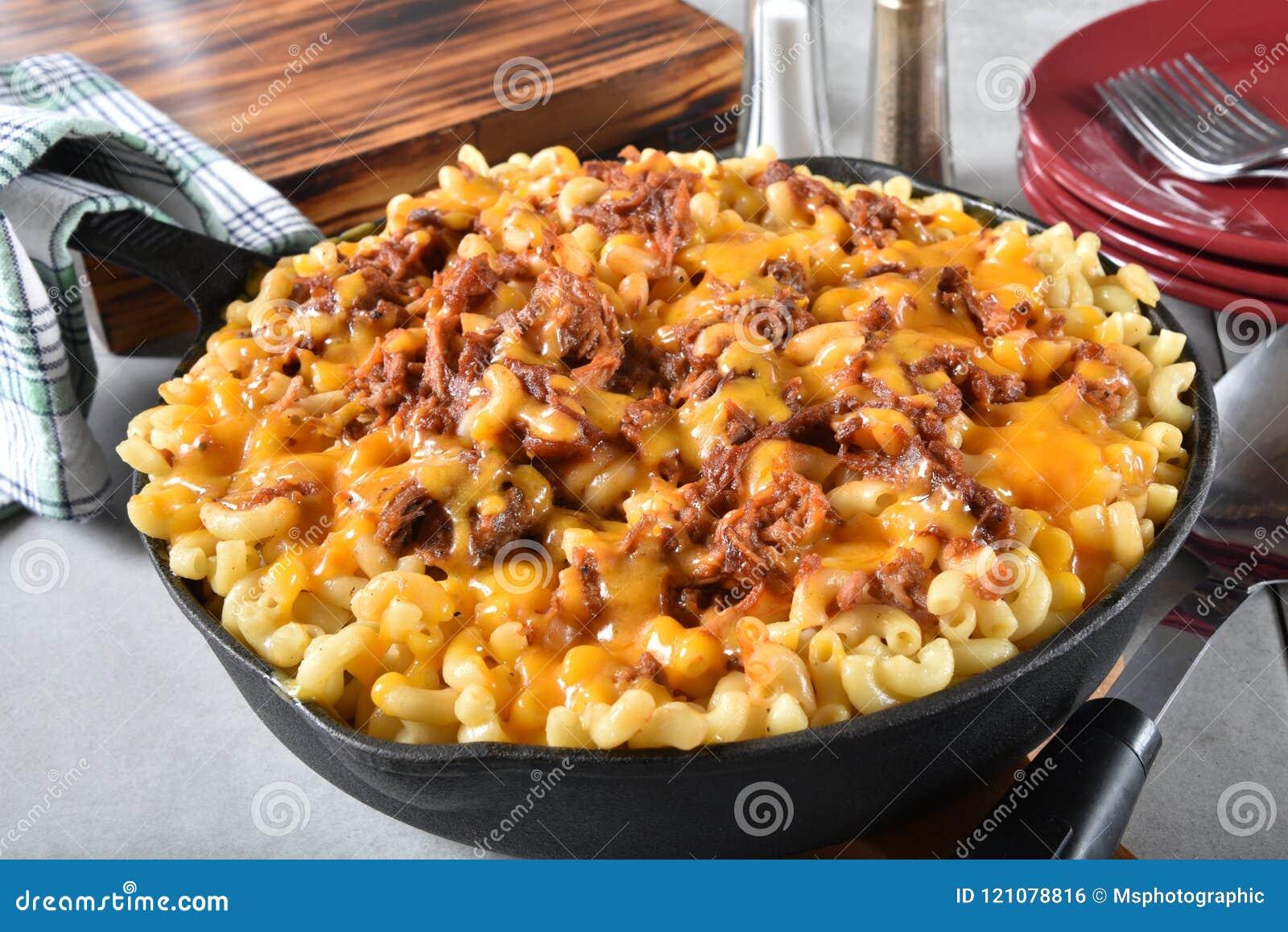 BBQ μακαρόνια και τυρί βόειου κρέατος