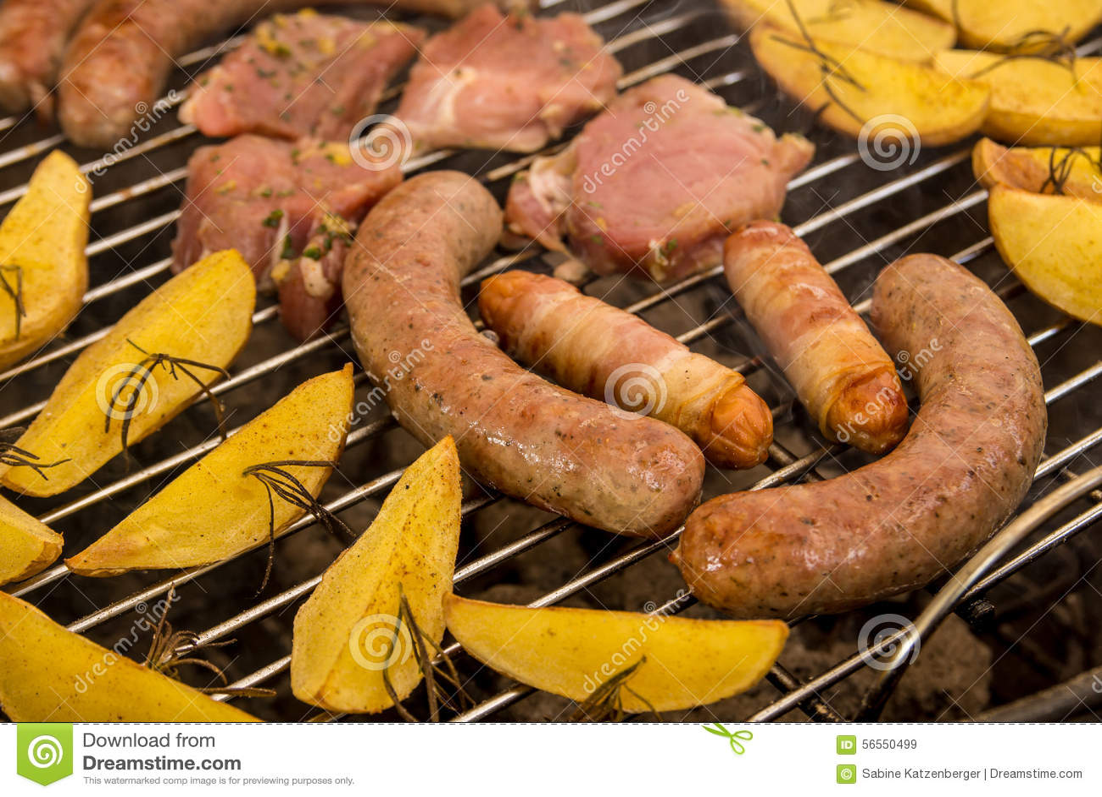 Download BBQ στοκ εικόνα. εικόνα από grilling, ανασκόπησης, φυτό - 56550499