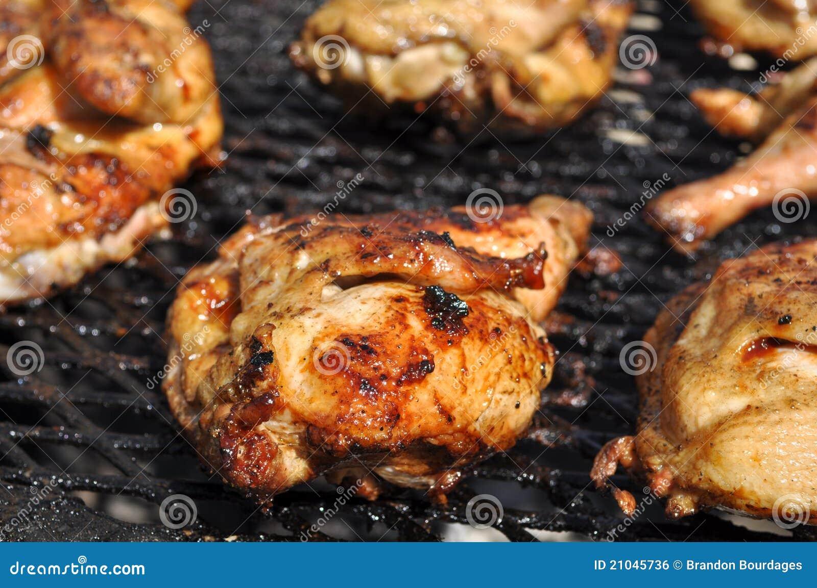 Bbq-Huhn auf Grill