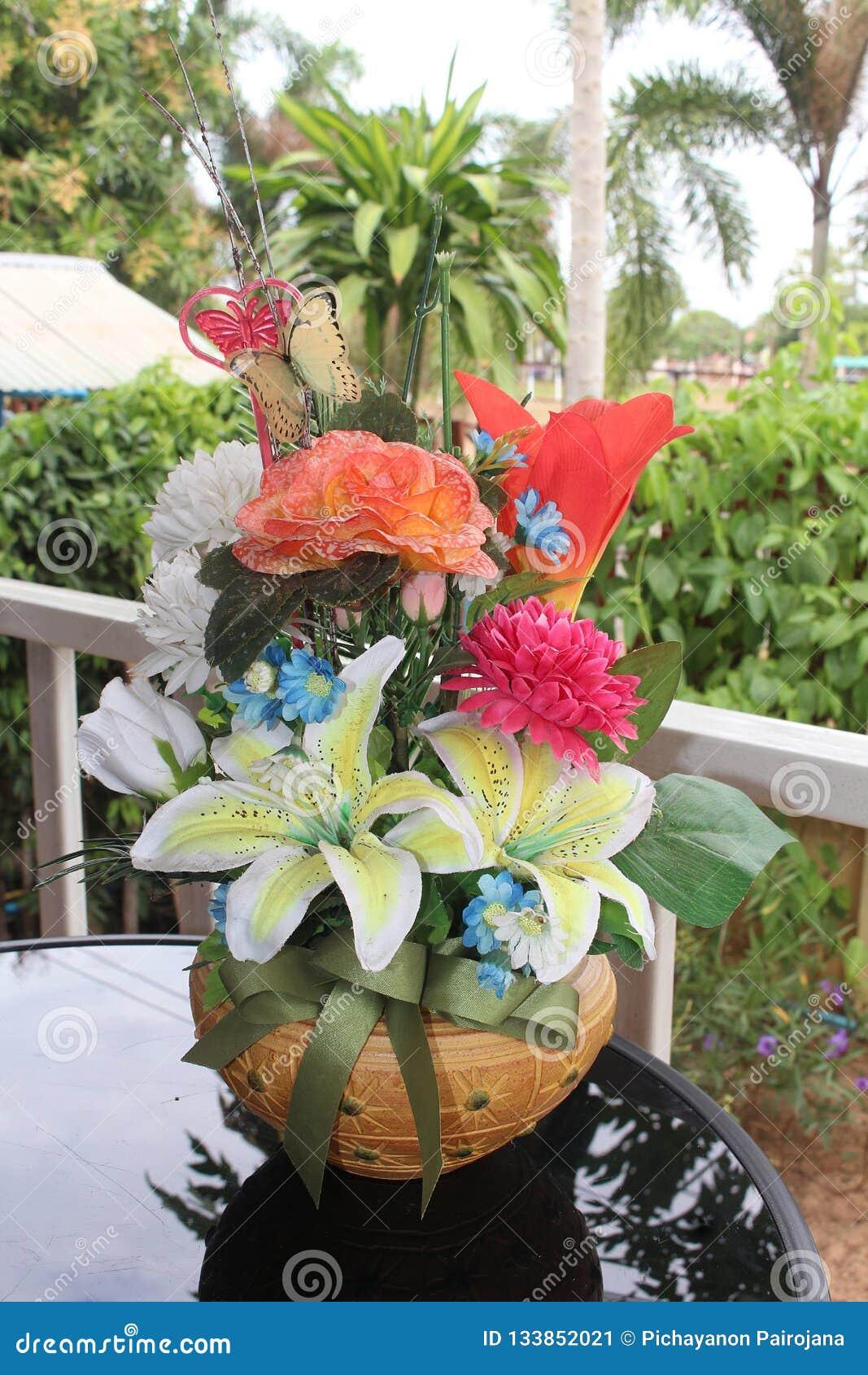 Be handmade goods by Thai people.