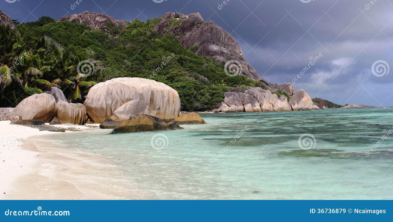 Beach Anse source d Argent, rocks