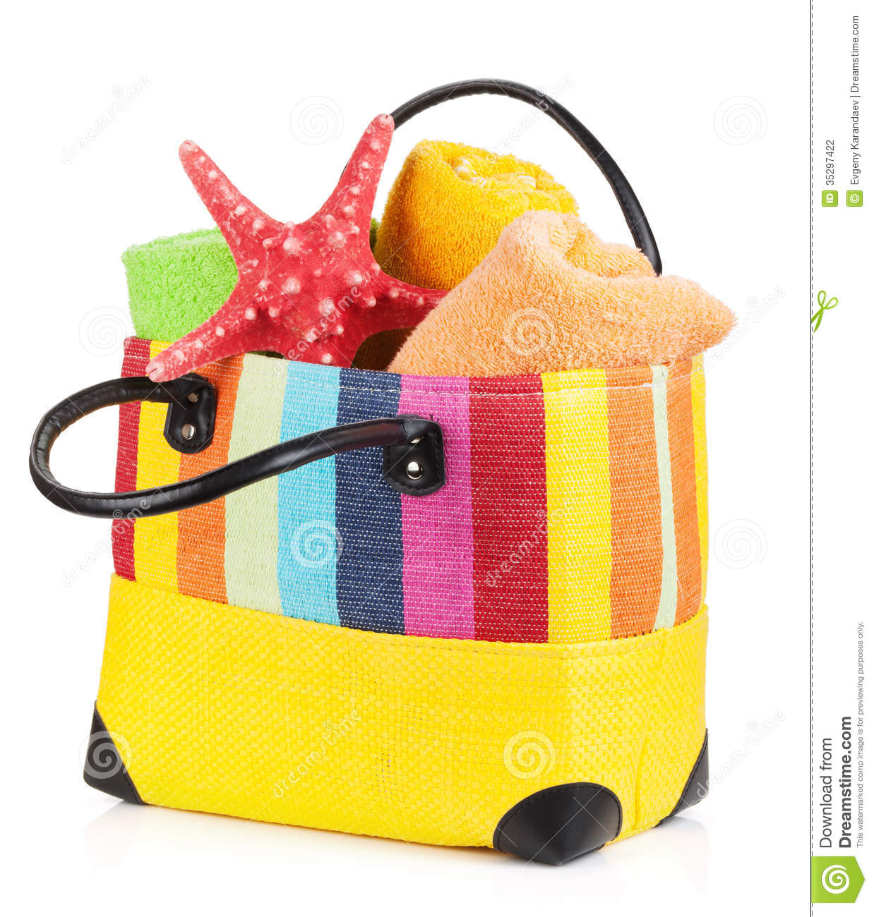 Clip Art Beach Blanket: Beach Bag With Towels Stock Photo. Image Of Basket