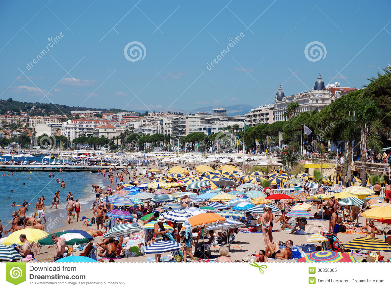 the beach in cannes editorial image image of ville republic 30850065. Black Bedroom Furniture Sets. Home Design Ideas
