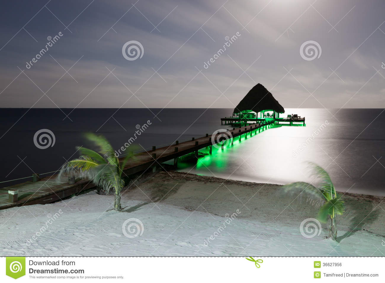 beach and dock with lights royalty free stock image - image: 36627956, Reel Combo