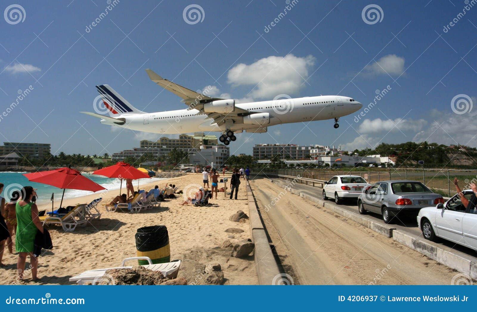 Beach coming in for landing at princess juliana airport st maarten