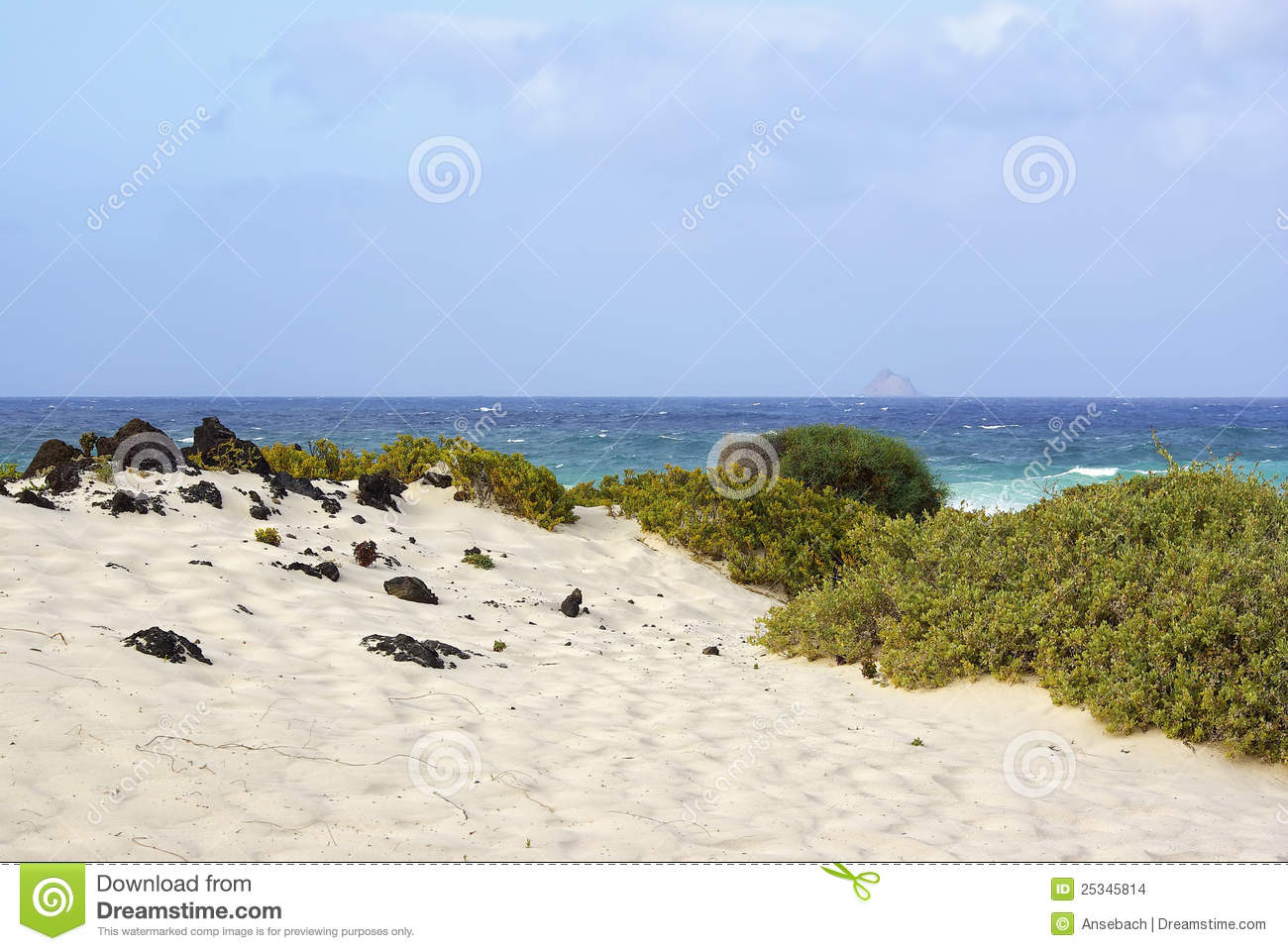 Lanzarote Spain  City new picture : ... view of the Atlantic ocean, near Orzola, North of Lanzarote, Spain