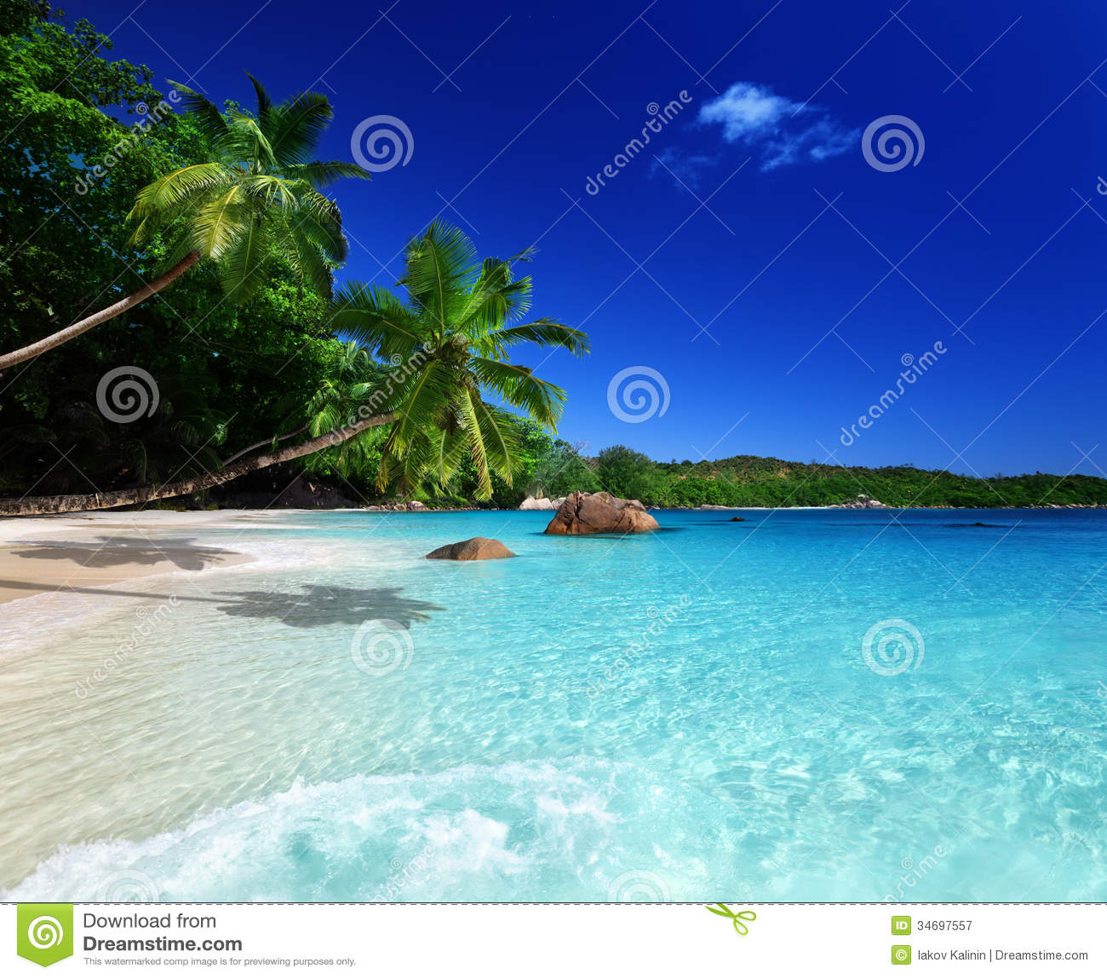 Seychelles Beach: Beach At Praslin Island Royalty Free Stock Photography