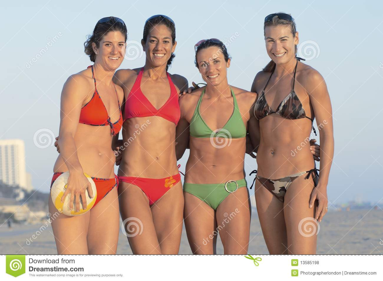 Sexy beach volleyball payers was