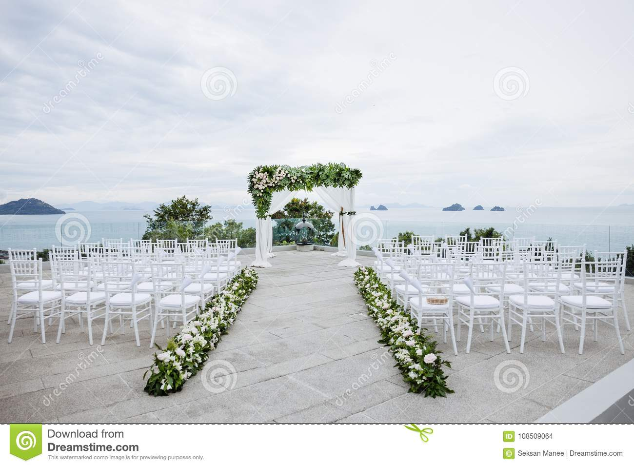 Beach Wedding Venue The White Chairs Flower Floral Stock Photo Image Of Ceremony Asia 108509064