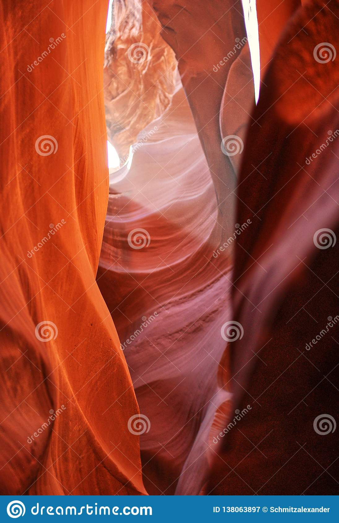 Upper antelope canyon, arizona, usa