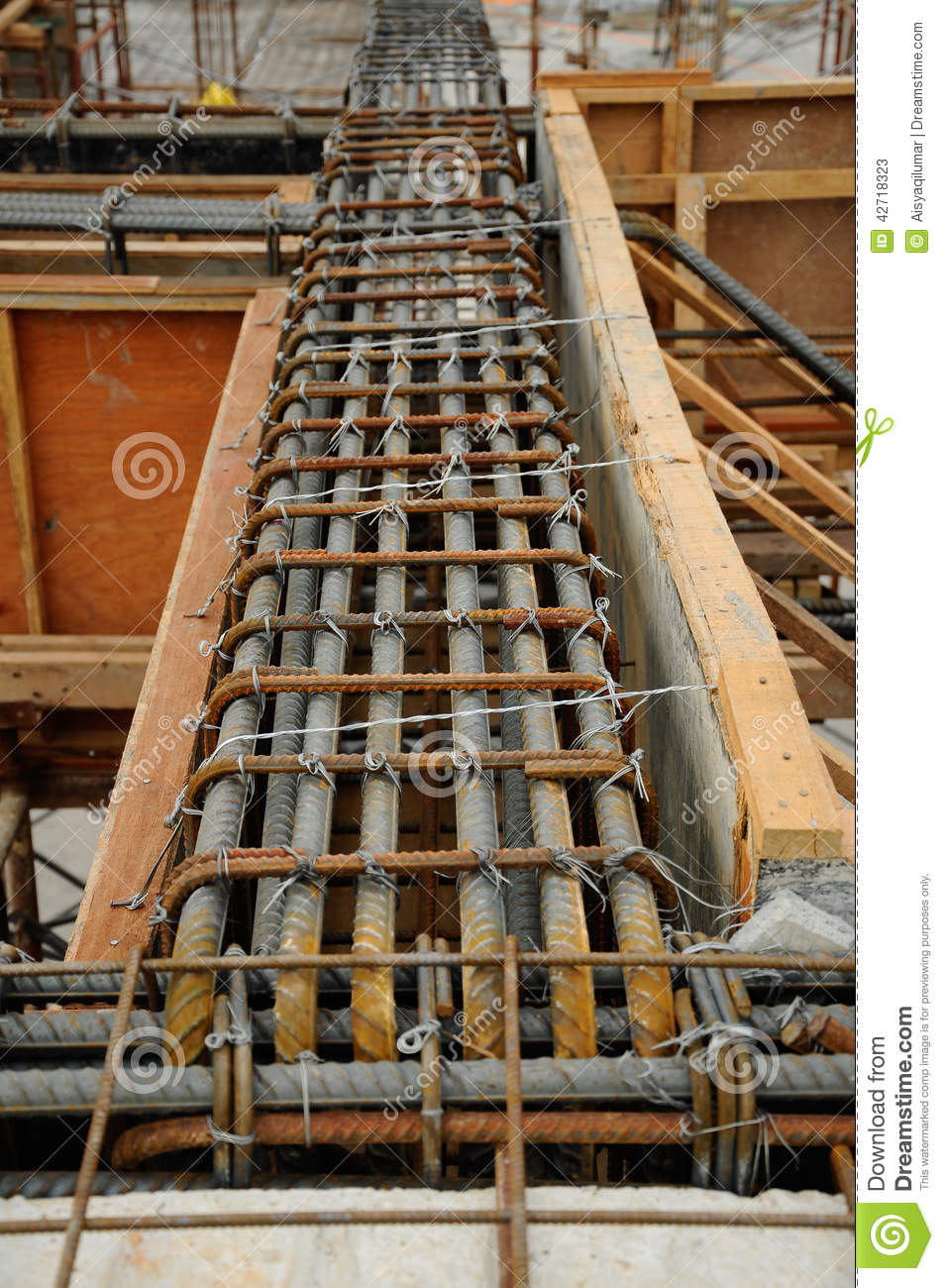 Reinforced Concrete Beam : Beams reinforcement bar and timber formwork stock image