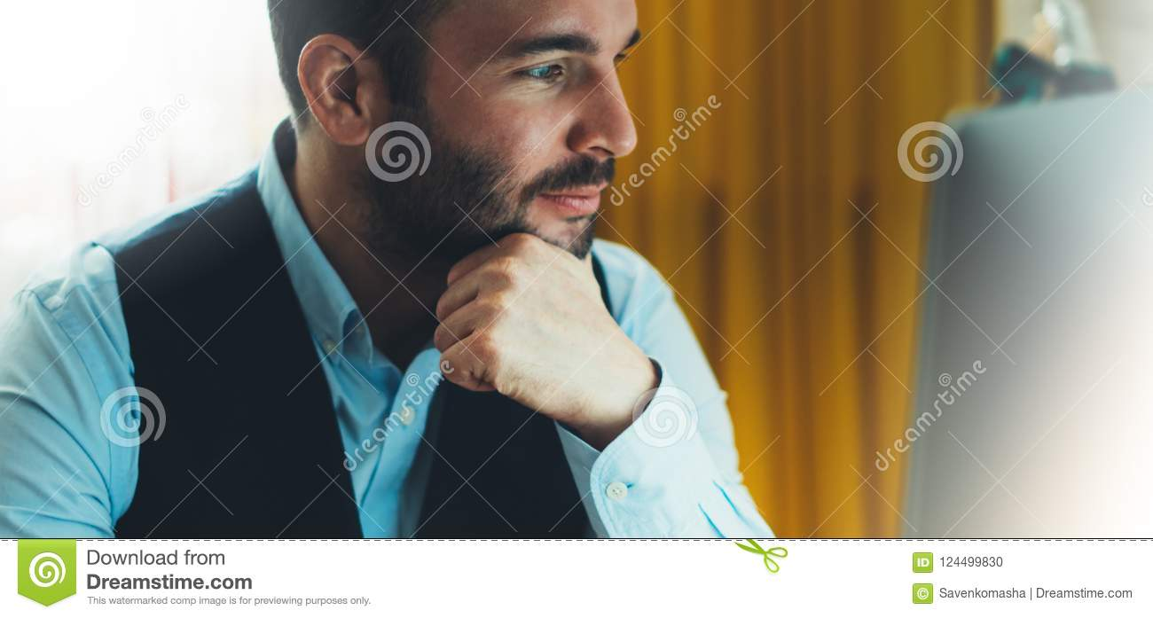 Businessman Thinking Stock Images - Download 108,940 ...