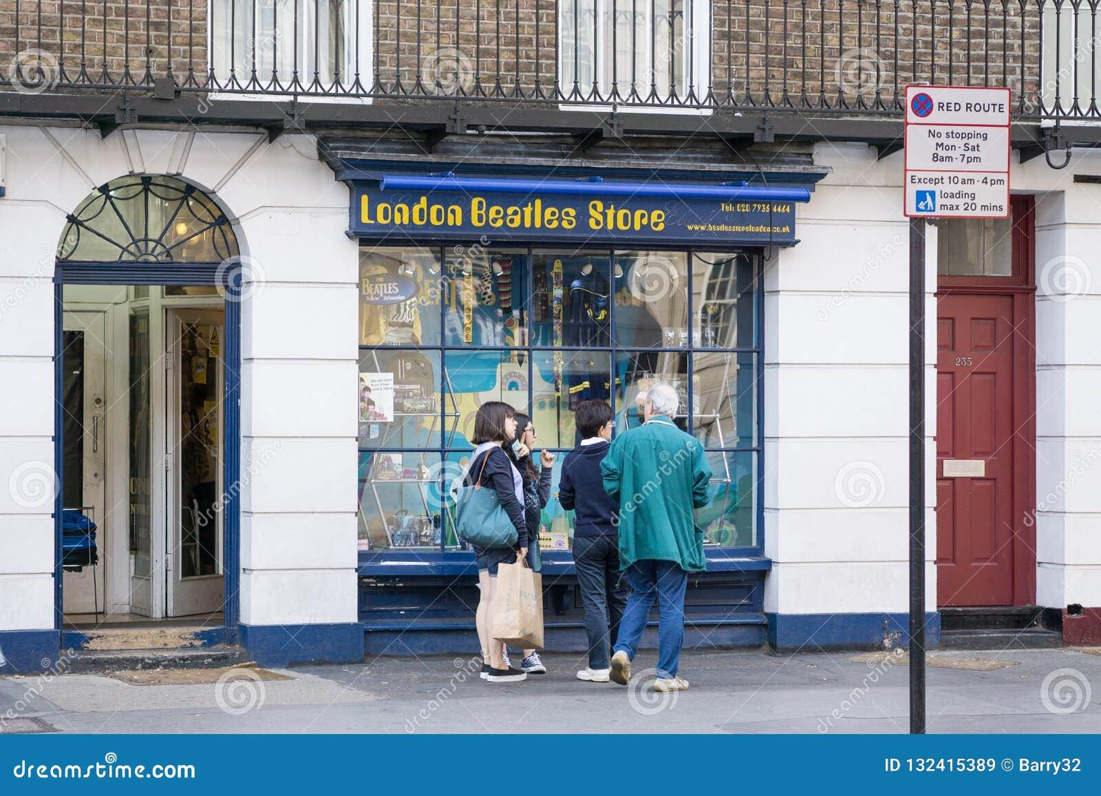Beatles商店外部在伦敦,英国