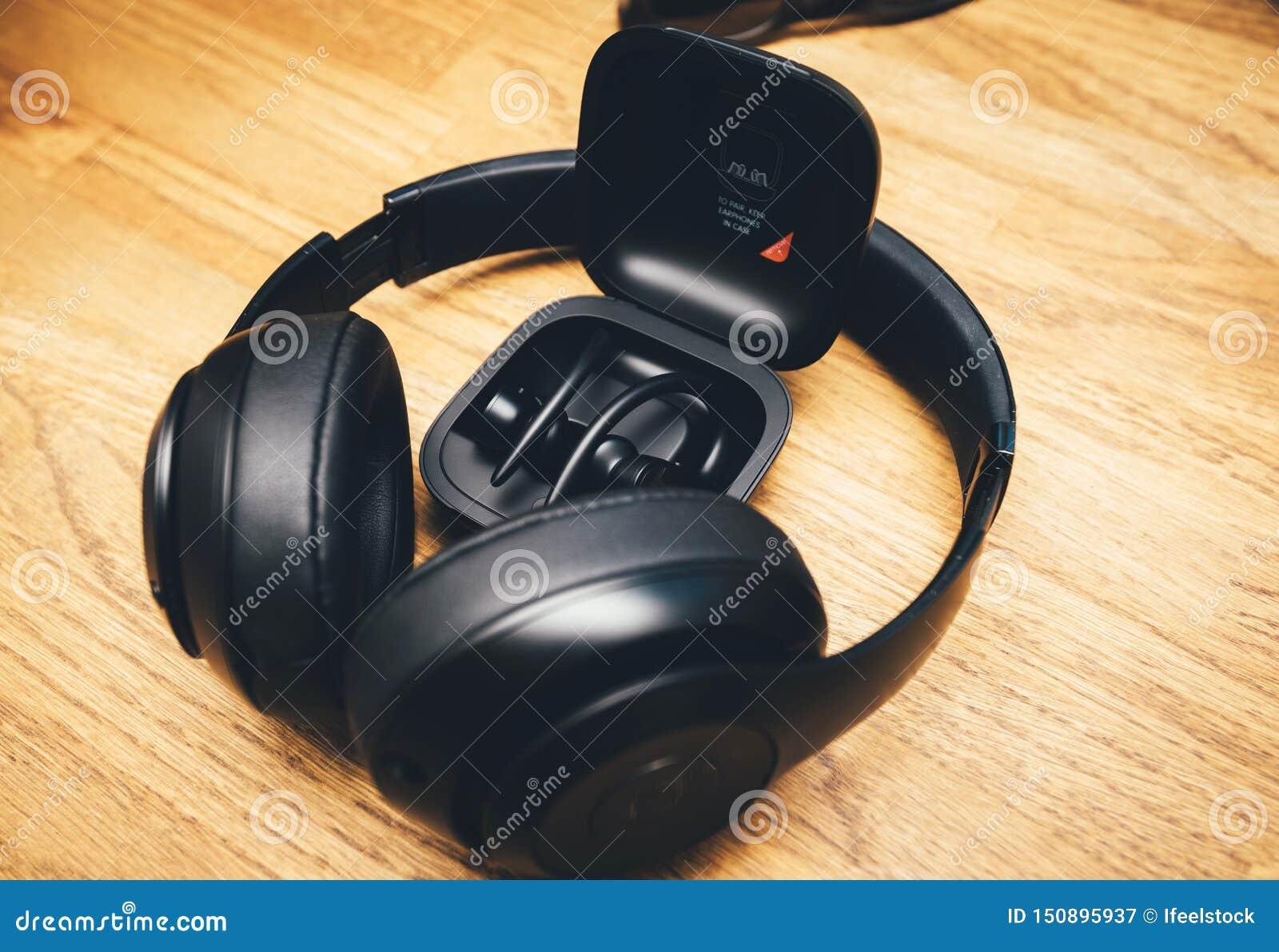 Beats Studio 3 Wireless And Powerbeats Pro Beats On Table Desk Editorial Photography Image Of Listening Headphones 150895937