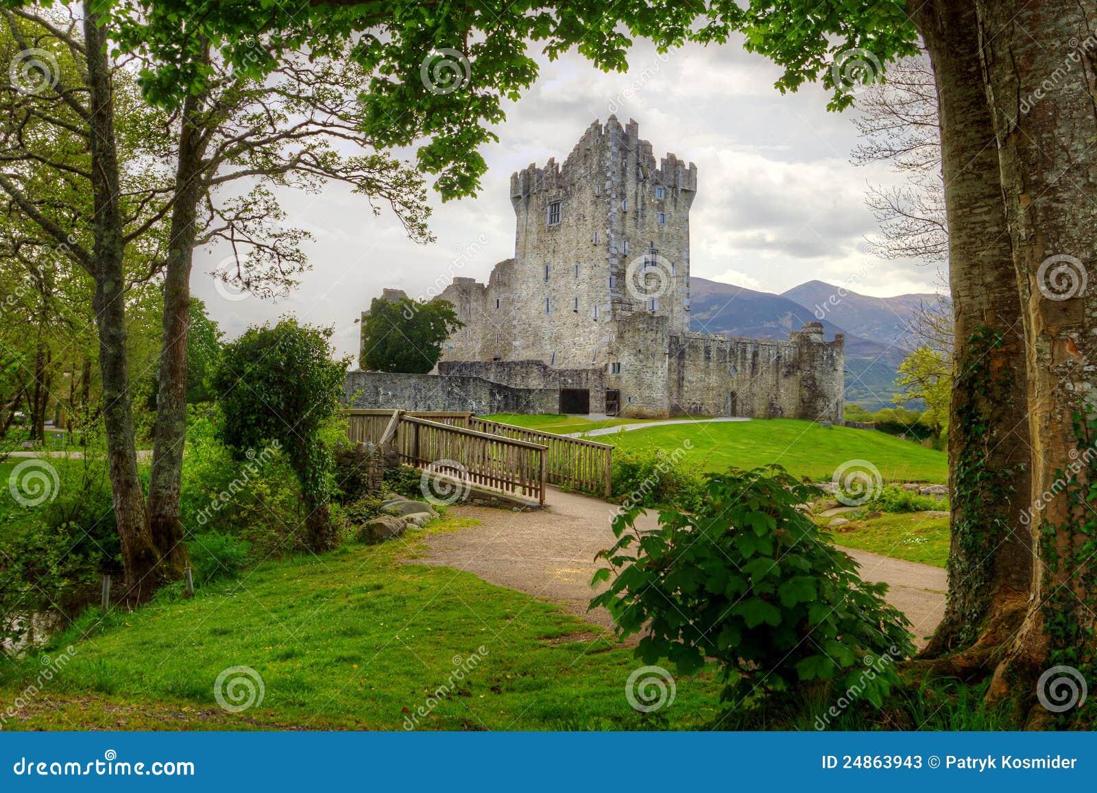 Beau château de Ross en Irlande